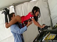 Jessica Jaymes gets her pussy licked on a quad