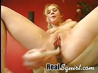 Christine using a vibrator until she squirts
