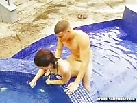 Cute teen banged in the swimming pool