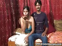 Robby loves to get dirty with Indian hottie Neha