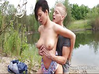 Pretty Girl With Nice Tits Gives Head And Screw Outdoor