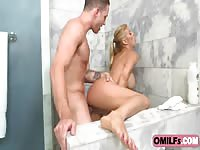 Fit Alexis Fawx Boned In The Shower