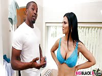 Big titty babe Jasmine Jae works on black cock