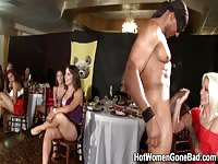 Wild girls enjoys themselves with hot stripper
